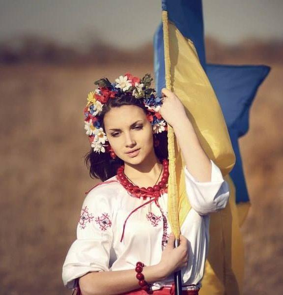 Красиві привітання з Днем Незалежності України своїми словами, у прозі